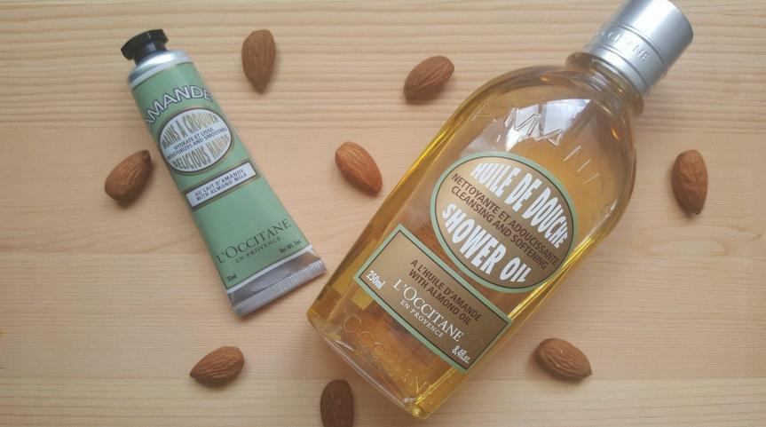 Un produit 2-en-1 : L'huile de douche à l'huile d'amande de L'Occitane enProvence